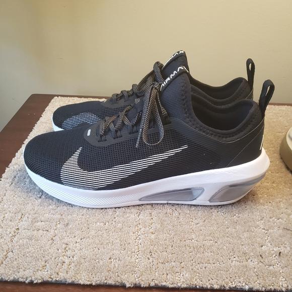 lápiz Terraplén Confrontar  Nike Shoes | Nwt Nike Air Max Fly Black Men 9 | Poshmark